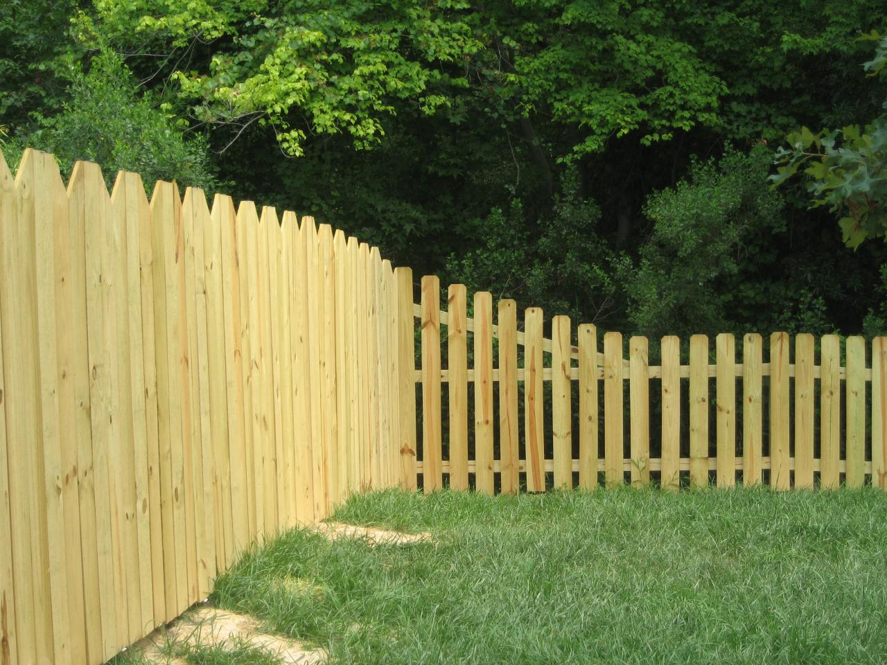 Wood fences sunrise fence llc charlottes fence company wood picket dog ear fence207 baanklon Gallery
